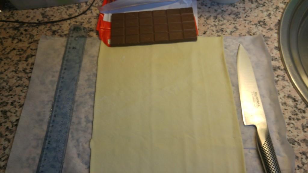 croissant chocolate 1