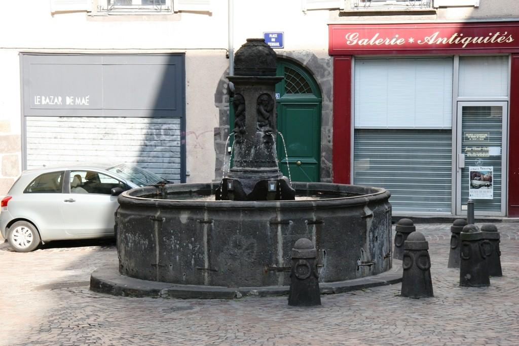 Clermont-Ferrand 11 - Tours